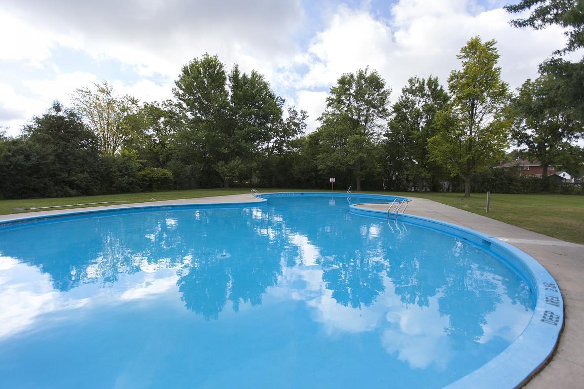 Royal Oaks Q Residential